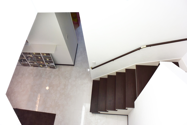 ダクトレスセントラルヒーティング+床下ACによる温床工法。