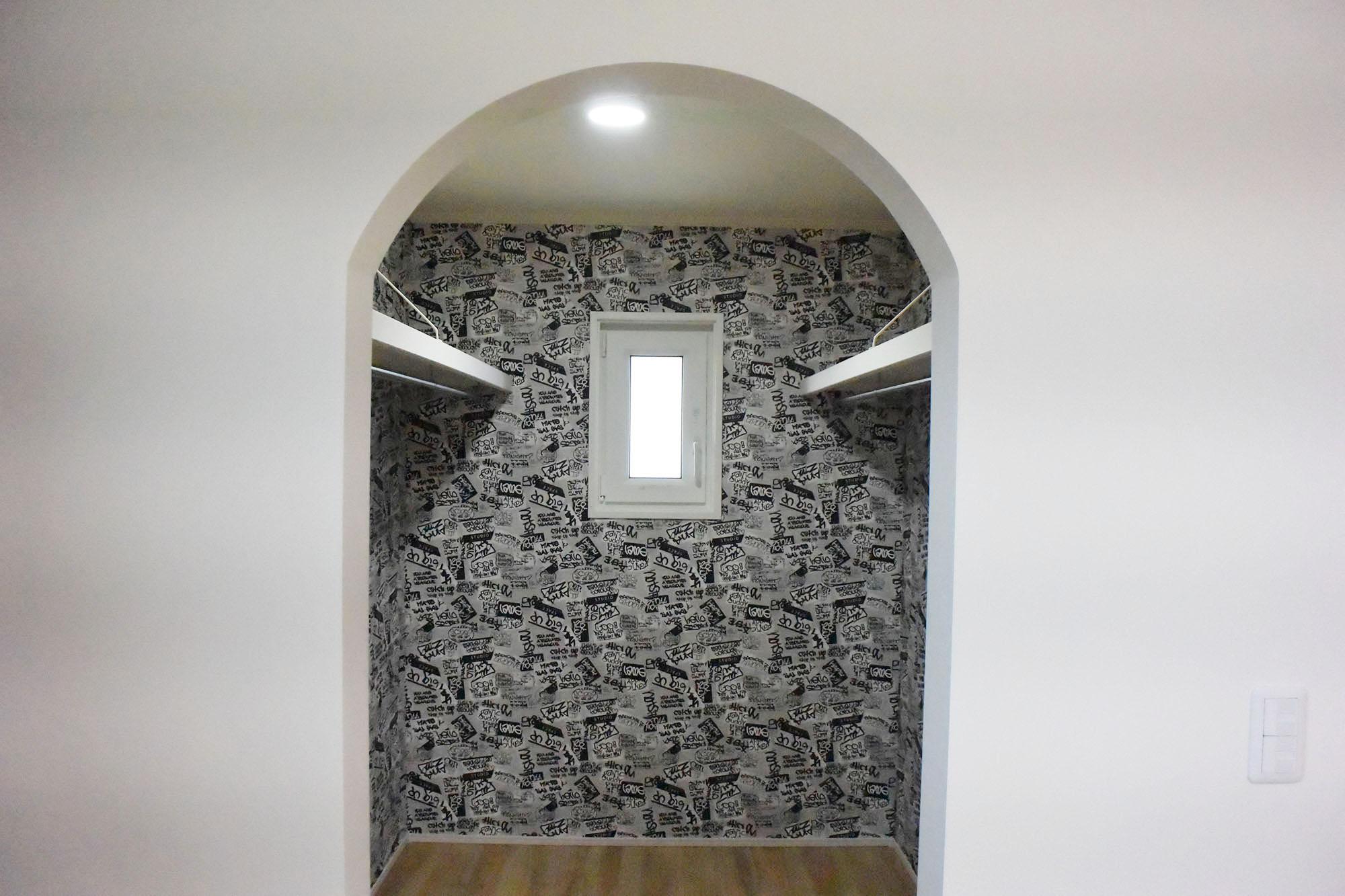 2F主寝室と接し、納戸やウオークインクローゼットが設置されよく収納が考えられた住まいとなっています。