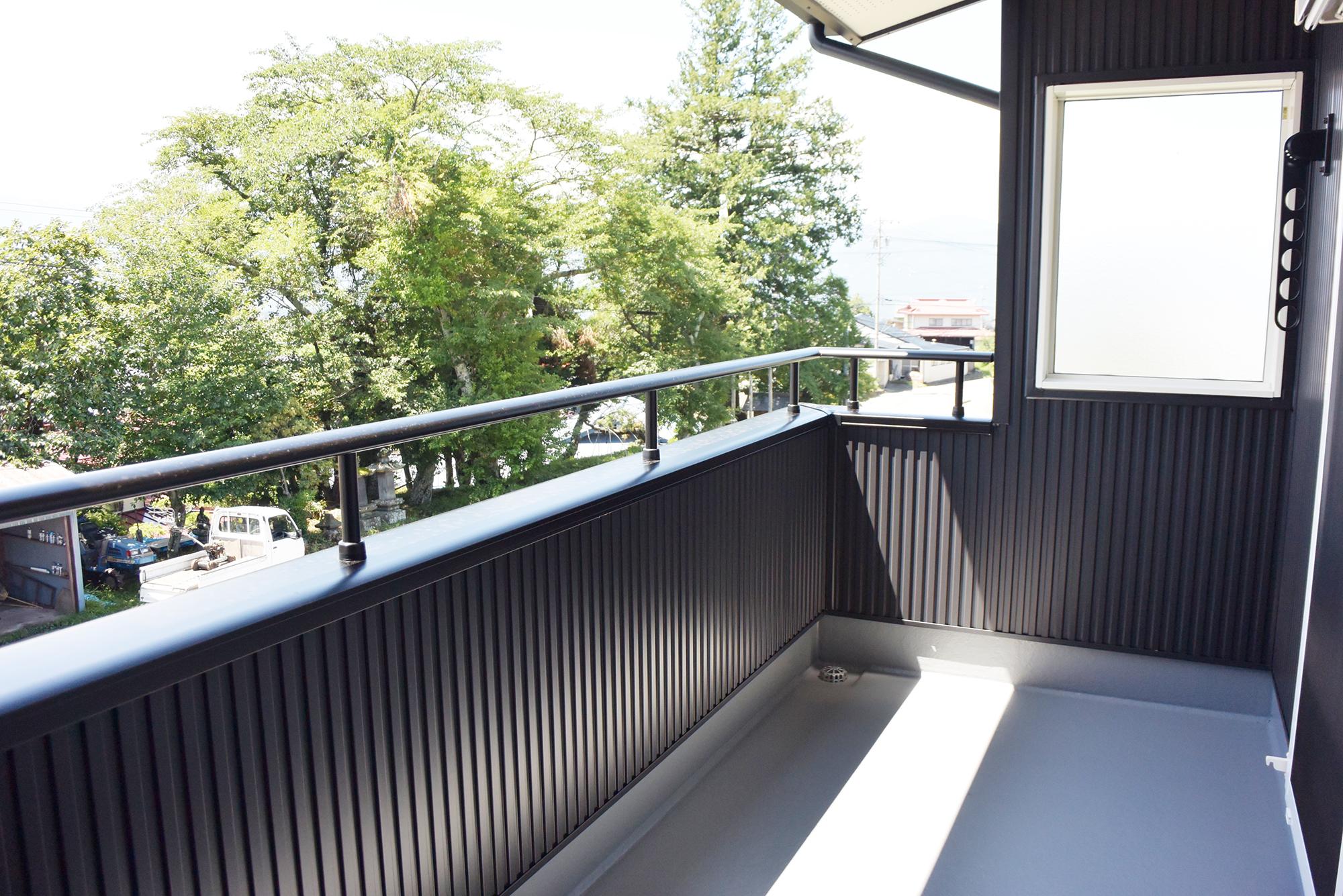 2Fバルコニーからは眺めの良い景色が一望できます。