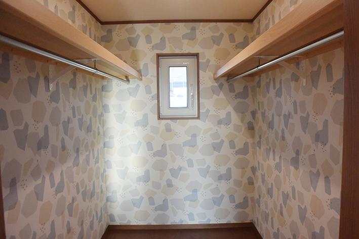 主寝室の奥には広いWIC。