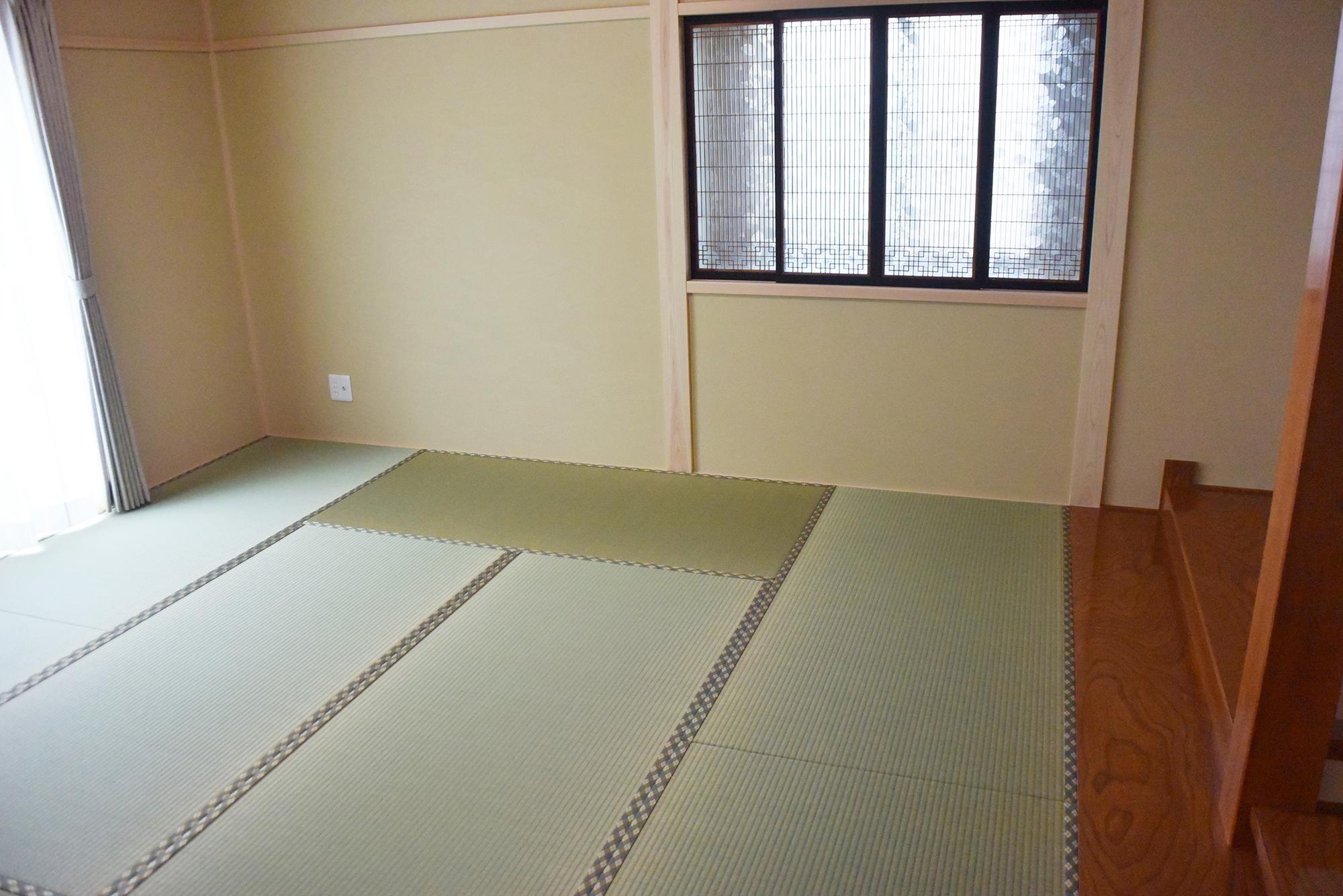 広く堂々とした和室です。とても落ち着く部屋です。